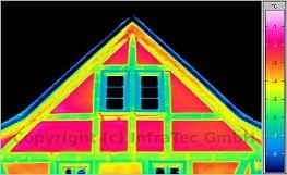 2011/07-08: Tipikus épületkárok termográfiai felismerhetősége - Fagerendák helyzete és állapota (forrás: Infratec)