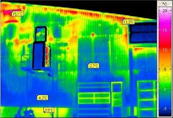 Épület-termográfia mérések elmélete, kiértékelő szoftverek - Ipari csarnok termográfiai felmérése (forrás: PIM)