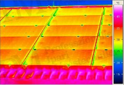 Szolárcellák termográfiai ellenőrzése (forrás: PIM)